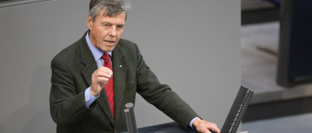 Josef Göppel addressing Bundestag