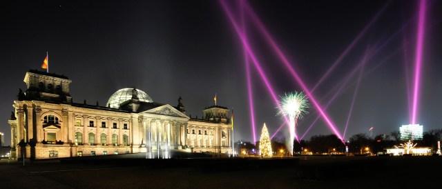 Happy new year 2014 (Photo by derhypnosefrosch, CC BY-NC 2.0)