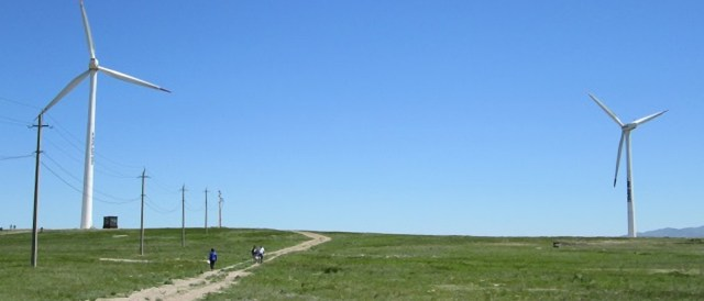 The first commercial wind facility in Kazakhstan. (Photo by UNDP, CC BY-NC-SA 2.0)