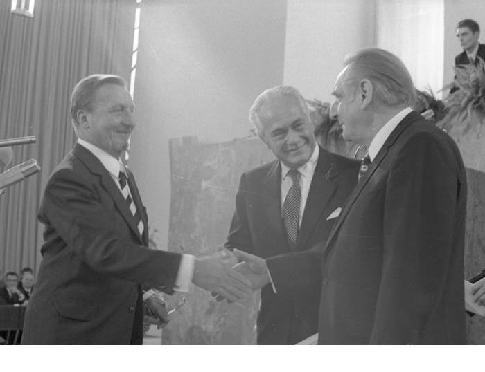energytransition.de - graphic: Peace Prize Club de Rome 1973