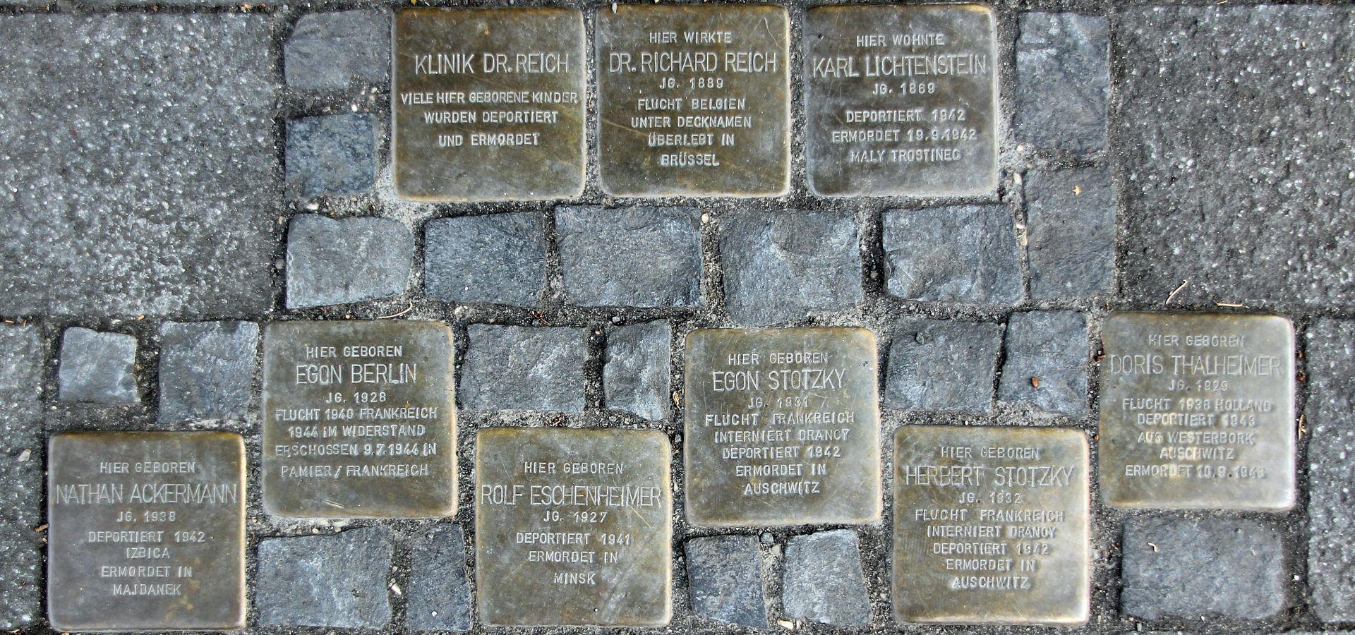stolpersteine - memorial to the victims of Nazi regime